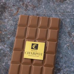 Tablette en chocolat au lait pur Madagascar 33 % de cacao