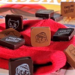 Ballotin de chocolats noir et chocolats au lait thème Emeline exclusivement